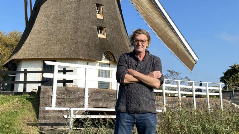 Het gevecht van molenaar Maarten tegen de windmolens: 'Als je niets doet, dan komen ze er gewoon'