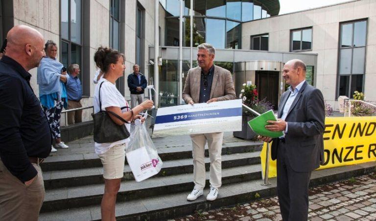 Stil protest tegen mogelijke komst windturbines in Overberg